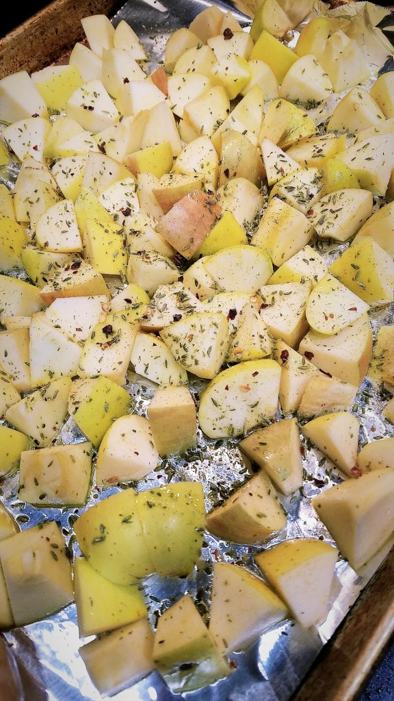 Toss apples in olive oil, top with seasoning.